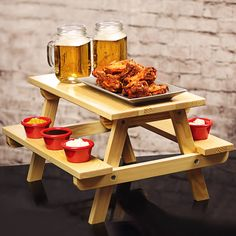 Everyone loves to picnic in the park, so why not bring the best of the outside inside with the Miniature Wooden Picnic Bench Serving Platter.