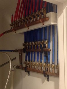 How are you guys handling bathrooms with the manifolds? Plumbing Drains, Pex Plumbing, Laundry Room Remodel, Bath Remodel, Smeg Kitchen, Mechanical Room, Plumbing Installation, Master Bathroom Layout, Cool Garages