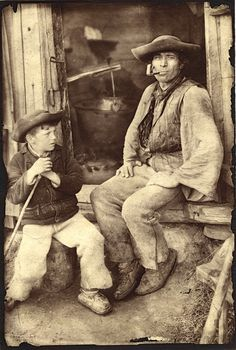 Rare old photo Mountain Man, Bratislava, Black And White Pictures, Black Forest, Vintage Pictures, Vintage Photographs, People Around The World, Historical Photos, Alter