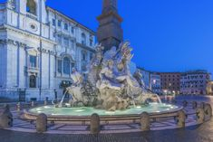 Virtual Museum Tours, Virtual Tour, Vacation Destinations, Vacation Spots, Italy Vacation, Virtual Field Trips, Piazza Navona, Abandoned Places, Abandoned Castles