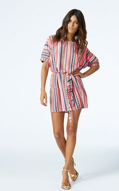 Cute loose fitting mini dress, which can also be worn as a top over leggings
