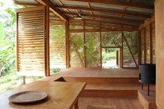 GO / Dugout / Jungle Cabin / Costa Rica / Wood Construction