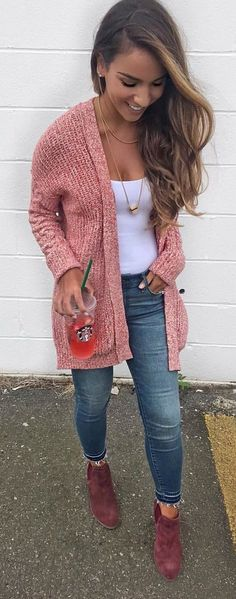 45 Fashionable Fall Outfits To Copy Immediately / 43 - Cute Outfits Cozy Fall Outfits, Fall Outfits For Work, Sweater Outfits, Cool Outfits, Casual Outfits, Amazing Outfits, Look Fashion, Fashion Outfits, Womens Fashion