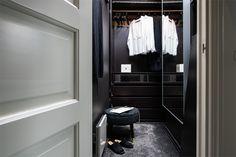 Style Tropical, Ikea, Walk In Wardrobe, Dressing, Home Decor, Bedroom, Black, Black Barn, Contemporary Style