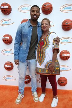Michael B. Jordan and his mom Donna Jordan take a sweet photo together at the Lupus LA's n Marina del Rey, California. Michael B Jordan Family, Michael B Jordan Girlfriend, Micheal B Jordan, Gorgeous Black Men, Handsome Black Men, Beautiful, Creed Movie, Bae, Black Boys