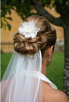Brautfrisur, bei der man die Frisur sieht