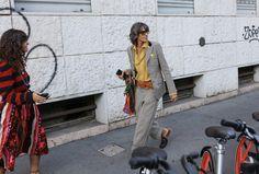Ana Gimeno Brugada in Gucci suit and Balenciaga bag  Milan Fashion Week Spring 18