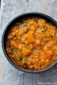 Healthy Lentil and Pumpkin Curry - this is a great recipe for pumpkin with a kick! At 8 Points +, it is a nutrition powerhouse and is delicious, especially if you are a fan of Indian food.