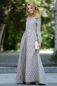 Neva Style - Dress - 7061V - Thumbnail Abaya Fashion, Modest Fashion, Girl Fashion, Fashion Dresses, Womens Fashion, Muslim Women Fashion, Islamic Fashion, Moslem Fashion, Modele Hijab