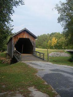 Georgia covered bridge...one of the last. Photo by Vicki Andrews
