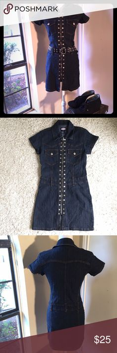 Zoe Beth Denim Dress *Like New* This dress is super flattering and features sturdy belt loops. The silver hardware adds style and edge. Would look great with sneaker wedges and hoop earrings. *LIKE NEW* it may have been worn but has no visible signs of wear. Zoe Beth Dresses