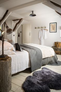 The Fable, luxury self-catering thatched cottage near St Agnes and Truro in Cornwall, fairytale holiday cottage North Cornwall, luxury holiday Cottage near St Agnes