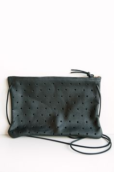 Pine & Boon Convertible Dot Clutch – Parc Boutique