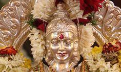 Varalakshmi Vratham Special Rituals fulfill all desires of devotees. Silver Pooja Items, Beautiful Monday, Festivals Of India, Shiva Shakti, Goddess Lakshmi, Hindu Art, Indian Art, Statue, Sai Baba
