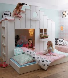 Saartje Prum Girls Bunk House with trundle