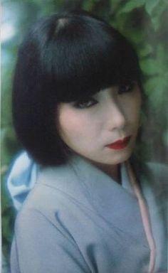 Sayoko Yamaguchi  山口小夜子 文藝春秋 1984/2