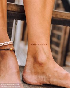 100 Hidden Tattoo Ideas Whether it's to hide from work or your parents, these 100 hidden tattoo ideas are so discreet, no one will know you have them. The post 100 Hidden Tattoo Ideas appeared first on Welcome! Subtle Tattoos, Dainty Tattoos, Simplistic Tattoos, Mini Tattoos, Body Art Tattoos, Tatoos, Tattoo Drawings, Tattoo Sketches, Simple Word Tattoos