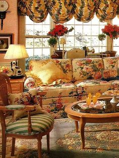 All home accessories french country living room, country decor, french coun English Cottage Style, English Country Decor, French Country Living Room, French Country Cottage, French Country Style, Country Interior, English Country Cottages, English Style, French Decor
