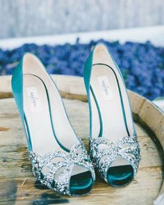 53 Sparkly Wedding Shoes To Accentuate Your Bridal Look | HappyWedd.com