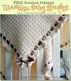 Gorgeous crochet baby blanket that's easy to make, free pattern #crochet #babyblanket #pattern #crochetblanket #babygift