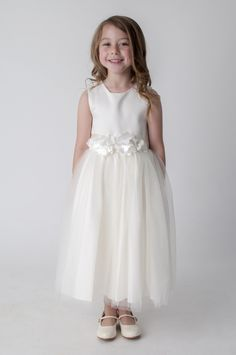 Ivory Flower Dress for Bridesmaids Flower Girl Party. available in other colours, please see our website. UK supplier ships worldwide.