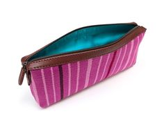 Handgemaakt lila handtasje uit Peru - Fair.nl Fair Trade, Peru, Bags, Lilac, Turkey, Handbags, Bag, Totes, Hand Bags
