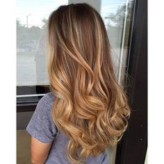 Here's Every Last Bit of Balayage Blonde Hair Color Inspiration You Need. balayage is a freehand painting technique, usually focusing on the top layer of hair, resulting in a more natural and dimensional approach to highlighting. Source by Blonde Hair Honey Caramel, Balayage Hair Caramel, Honey Balayage, Balayage Hair Blonde, Honey Hair, Brunette Hair, Soft Balayage, Auburn Balayage, Honey Colored Hair