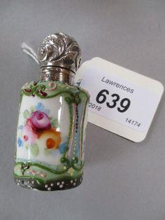 Porcelain perfume bottle decorated with three floral - Apr 2018 Antique Perfume Bottles, Bottles And Jars, Glass Bottles, Antique Quotes, Beautiful Perfume, Porcelain, Fragrances, Motors, Floral