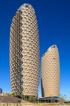 Al Bahr Towers. Abu Dhabi Investment Council & Al Hilal Bank by Dena Flows / Architecture Unique, Futuristic Architecture, Facade Architecture, Unusual Buildings, Amazing Buildings, Modern Buildings, Abu Dhabi, Tower, Skyscrapers