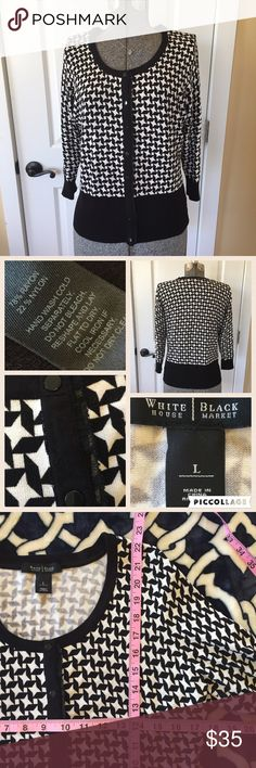 FREE GIFT W/PURCHASE 💛  cardigan, large Perfect 💙 like new 💙 size large 💙 black and white 💛 PLUS FREE SURPRISE GIFT WITH PURCHASE AND 30% OFF BUNDLES White House Black Market Sweaters Cardigans