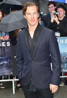 Benedict Cumberbatch. scarf. blue shirt of mmm.