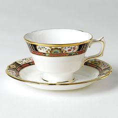 "Royal Crown Derby ""Chelsea Garden"" Tea Saucer Home - Bloomingdale's Crown Royal Drinks, Antique Tea Cups, Vintage Teacups, Vintage China, Chelsea Garden, Royal Crown Derby, Teapots And Cups, Tea Cup Saucer, Bone China"