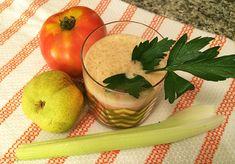 Summer Gazpacho Juice Recipe Ingredients: 1 large heirloom tomato 5 celery stalks 1 pear 4 – 5 sprigs fresh parsley or 1/2 teaspoon dried parsley for garnish