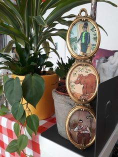 Triptyque Ursina - Création du jour Deco Originale, Illustrations, Creations, Triptych, D Day, Objects, Board, Illustration, Illustrators