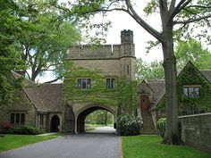 Edsel & Eleanor Ford Care Taker House in Grosse Pointe, Michigan. The Henry Ford Summer Cottage is in the back on Lake St. Michigan Travel, State Of Michigan, Detroit Michigan, Livonia Michigan, Albert Kahn, American Mansions, Edsel Ford, Detroit History, Detroit Area