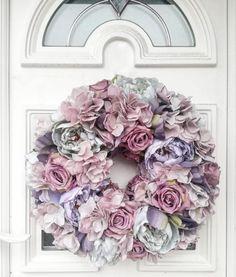 Ręcznie wykonany wianek ze sztucznych kwiatów 🌺 Floral Wreath, Wreaths, Instagram, Home Decor, Floral Crown, Decoration Home, Door Wreaths, Room Decor, Deco Mesh Wreaths