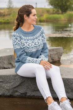 Fair Isle Knitting Patterns, Sweater Knitting Patterns, Icelandic Sweaters, Cable Knit Sweaters, Knit World, Fair Isles, Cardigans For Women, Mantel, White Jeans
