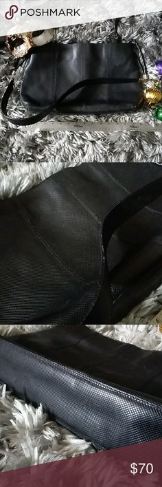 Bottega Veneta handbag Original retail price unknown, but estimated at $780. Black. Used condition with visible flaws, mainly the interior. Sold as is. No dustbag. Bottega Veneta Bags Totes