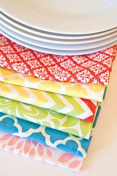 SAY NO TO BORING PAPER NAPKINS!!!! Set the table with gorgeous Eco-Friendly reusable dinner napkins | Hen House Linens