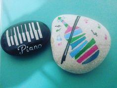 "51 Likes, 1 Comments - Taş Boyama (@paintingstone) on Instagram: ""#piyano #piano #keman #enstrüman #music #müzik #muzik"""