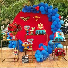 Discover recipes, home ideas, style inspiration and other ideas to try. Superhero Baby Shower, Superhero Birthday Party, Girl Birthday, Birthday Parties, Wonder Woman Birthday Cake, Wonder Woman Party, Superhero Invitations, Balloons And More, Balloon Arrangements