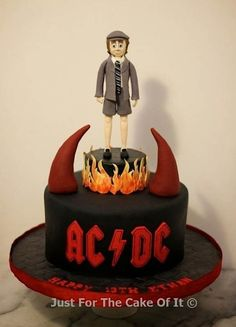 Cake lovers, ARE YOU READY TO ROCK?! 'Cuz today we're getting all the bands back together... in...