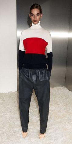 Celine Cashmere Turtleneck Celine, Luxury Lifestyle Fashion, Luxury Fashion, Fashion Brand, Fashion Show, Fall Fashion, Turtleneck Style, Cashmere Turtleneck, Vogue