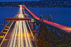 Floating bridge, Lake Washington - image via Google
