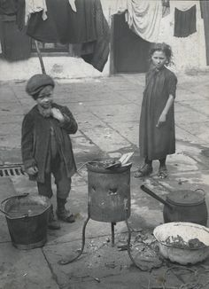 Spitalfields nippers: London's poorest children in the early 1900s – in pictures