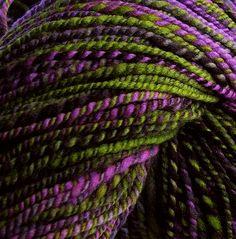 ❧ Couleur : Violet et Lime ❧: Plum Purple, Green And Purple, Olive Green, Neon Green, Burgundy, Colour Schemes, Color Combinations, Colour Palettes, Mauve