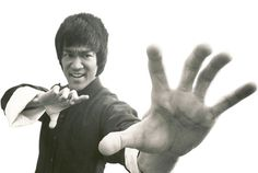 Bruce Lee Family Plans New Film Biopic. Will it include his first martial arts studio in Oakland, CA? Bruce's Oakland studio was most controversial at the time because it was one of the first to accept students of all races. Bruce Lee Family, Great Quotes, Inspirational Quotes, Bruce Lee Quotes, Love Fest, Enter The Dragon, Dark Matter, Best Actor, Martial Arts