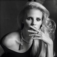 Lara Stone makes an appearance in the November 2015 issue of Vogue Paris; Photography: Inez & Vinoodh