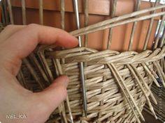 Поделка изделие Плетение Кашпо и немного о закрытии послойного плетения Бумага газетная Трубочки бумажные фото 11