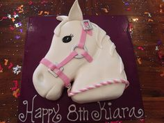kikis horse head cake photo by Horse Party, Cowgirl Party, 4th Birthday Cakes, 8th Birthday, Birthday Ideas, Western Cakes, First Communion Cakes, Paris Cakes, Horse Cake